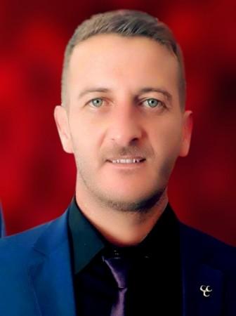"""MHP HAKKARİ MİLETVEKİLİ ADAYI ŞAHMİR ŞEN:  """"Şemdinlili hemşerilerimizin, İslam âleminin birlik, barış ve kardeşlik içinde bir bayram geçirmesini dilerim. Bayramların milli ve manevi değerlere saip çıkılması için önemli günlerdir. 11 ayın sultanı Ramazan'ı büyük bir huşu ve mutluluk içerisinde geride bırakıyoruz. Şimdi ise milli ve manevi değerlerin zirveye ulaşmasına vesile olan Ramazan Bayramını kutlayacağız. Şemdinlili hemşerilerimin, İslam âleminin Mübarek Ramazan ayını kutlarım. Böyle müstesna günlerin insanlar arasında sevgi köprüsü kurmasını istiyoruz. Küslüklerin yerini barışın aldığı dostluğun bereketin bolca yaşandığı bir bayram diliyorum."""