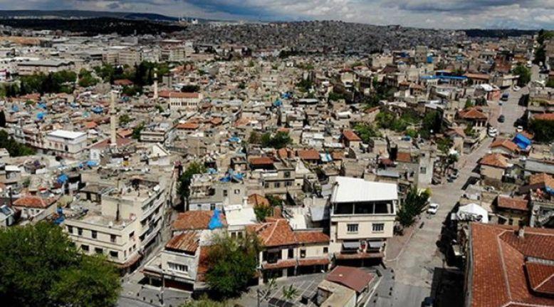 Gaziantep'te 15 yaş altına pazar yasağı geldi