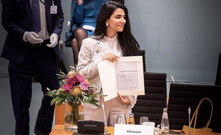 Rojavalı Kürt kadını Bijîn Hasan'a Almanya'dan ödül
