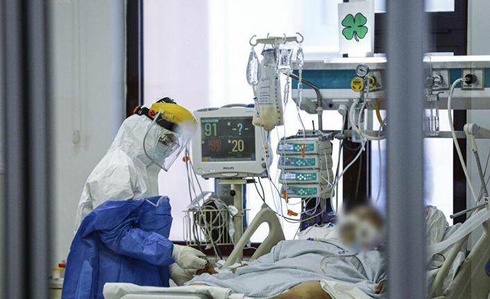 Salgında son 24 saat: 2165 yeni hasta, 74 vefat