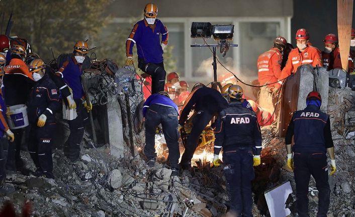 İzmir depreminde can kaybı 102'ye yükseldi