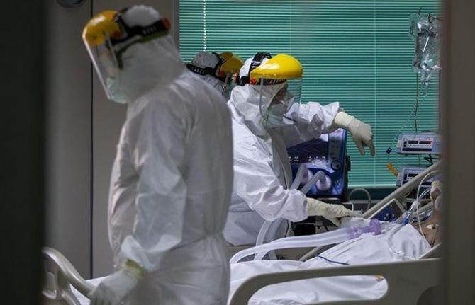 Salgında son 24 saat: 2.106 yeni hasta, 74 vefat