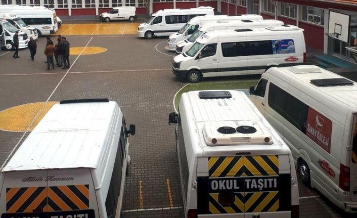 Ankara Büyükşehir Belediyesi işsiz kalan servisleri kiraladı