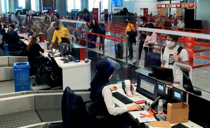 Avrupa'da İngiltere alarmı: Uçuşlar durduruluyor