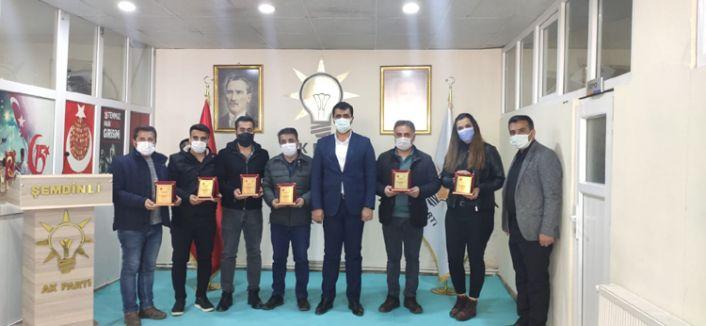 AK Parti İlçe Başkanı Fahri Şakar, Gazetecilerle Bir Araya Geldi