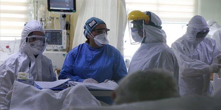 Korona virüsü salgını: Türkiye'de 212 kişi daha öldü