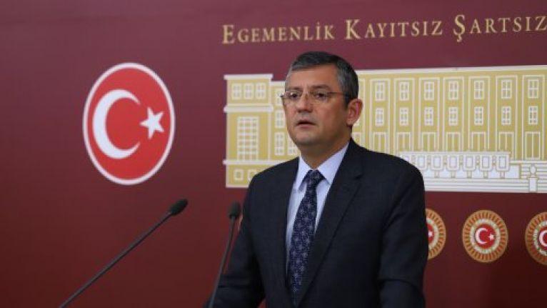 CHP'li Özel'den kongre yorumu: İnanın hep birlikte utanıyoruz