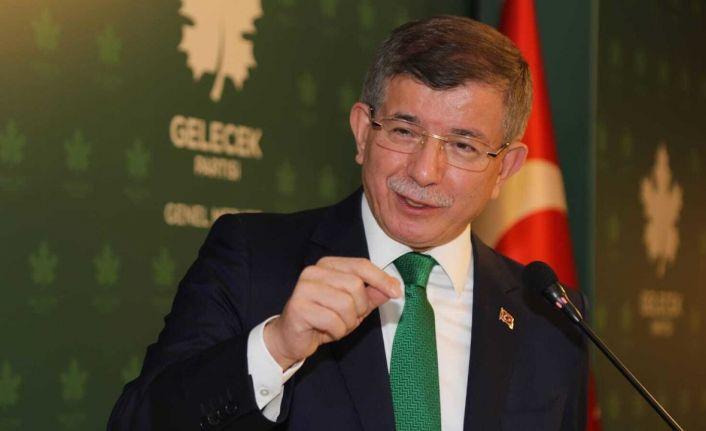 Davutoğlu: Albayrak'ı bakan yapmayın diye Erdoğan'a yalvardım