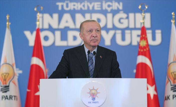 Erdoğan: Siz öğrenci misiniz terörist misiniz?