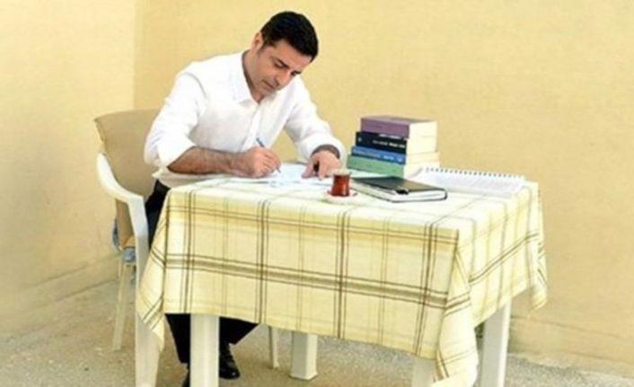 Selahattin Demirtaş muhalefet liderlerine mektup yazdı