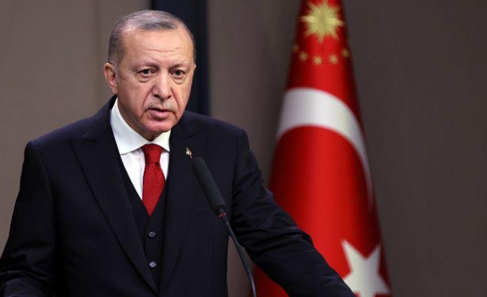 Erdoğan'dan 8 Mart mesajı: Ailenin kutsiyetini korumaya devam edeceğiz