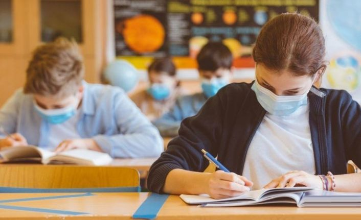 MEB, ortaokulların yüze yüze sınav takviminde değişiklik yaptı