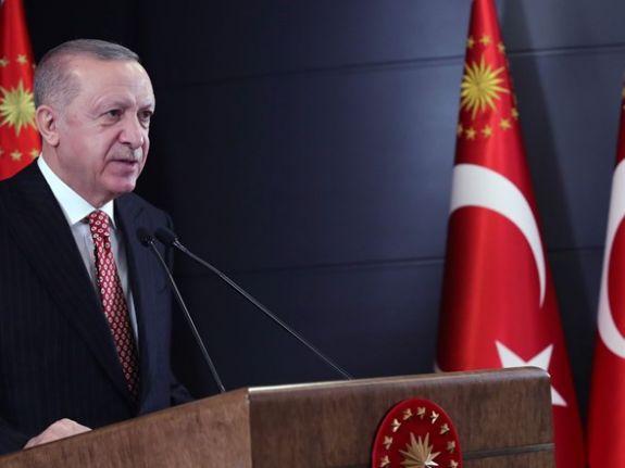 Erdoğan: Bayram sonrasında kontrollü bir şekilde normalleşme adımlarını atıyoruz