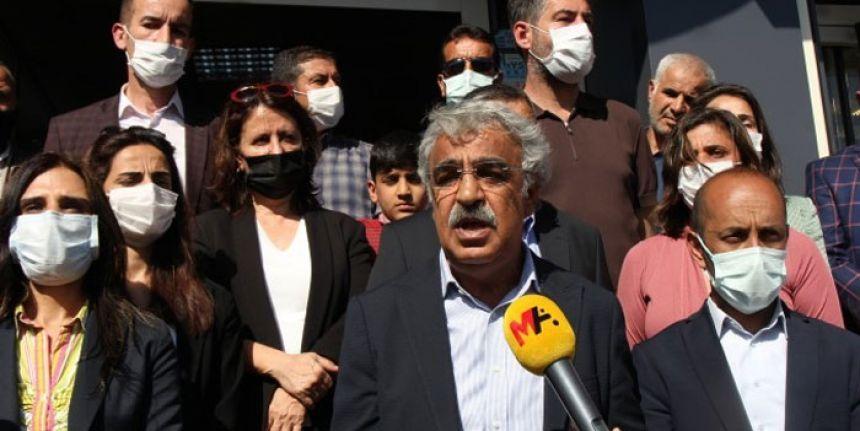 HDP Eş Genel Başkanı Mithat Sancar Şemdinli'de