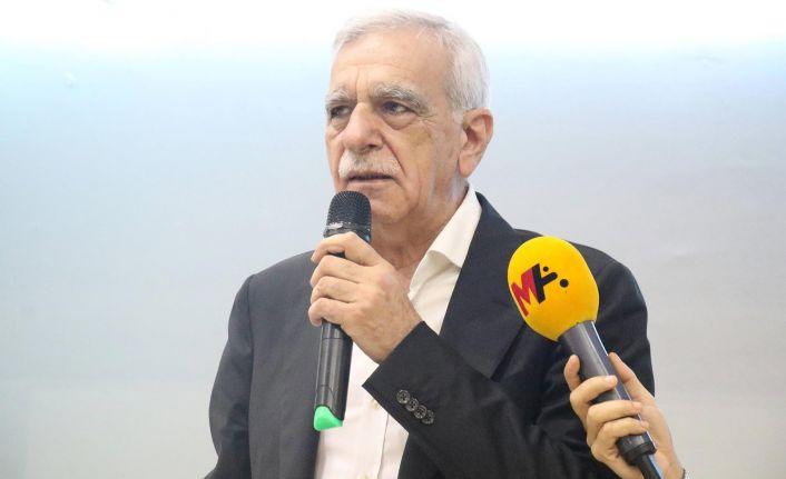 Ahmet Türk: Parti kapatmanın bir anlamı yok