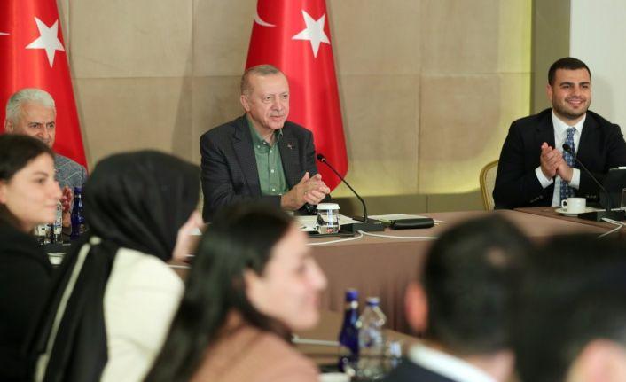 Erdoğan: Yeni bir moda başladı, 30 yaşından önce ne erkekler ne kızlar evleniyor