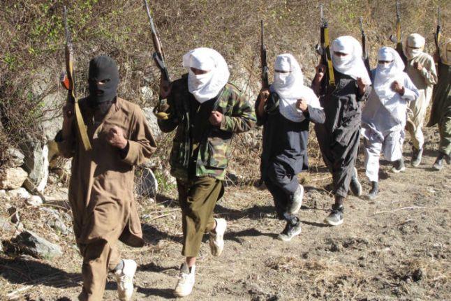 Afganistan'ın eski içişleri bakanı: Taliban, çocukları infaz ediyor