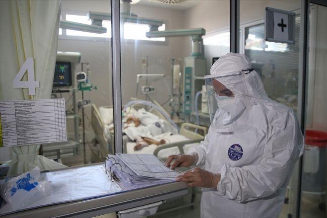 Covid-19 salgını: Son 24 saatte 101 kişi öldü, 23 bin 957 yeni vaka tespit edildi