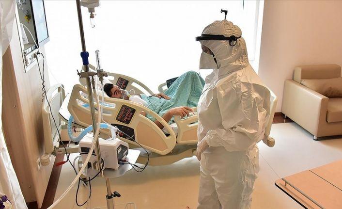 Covid-19 salgını: Türkiye'de 206 kişi daha öldü, 18 bin 622 yeni vaka tespit edildi