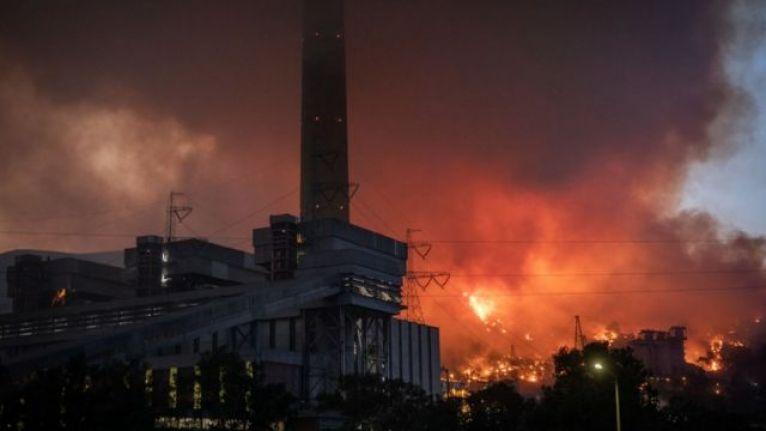 Kemerköy Termik Santrali'ndeki alevler kontrol altına alındı