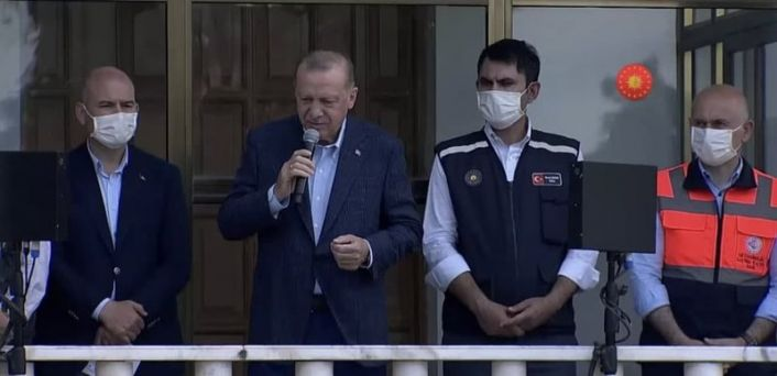 Üç il afet bölgesi ilan edildi, Erdoğan, 'bir felakettir gidiyoruz' dedi