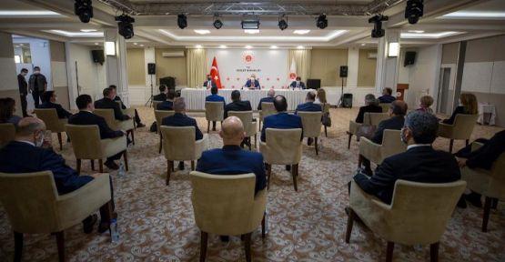 Adalet Bakanı Abdulhamit Gül baro başkanlarını dinledi