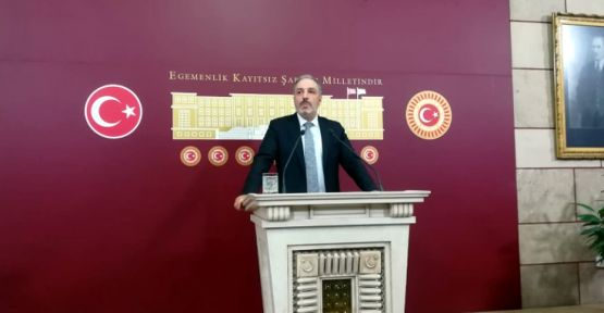 AK Partili Mustafa Yeneroğlu partisinden istifa etti