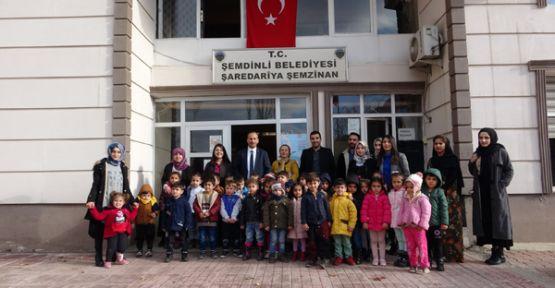 Anaokulu öğrencilerinden Belediye Başkanı Tahir Saklı'ya ziyaret