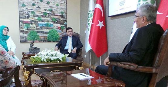 Baykal üç partinin lideriyle görüştü