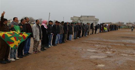 Bi tilîliyan şervanên YPG/YPJ'ê hatin silavkirin