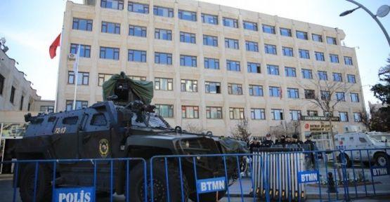 CHP'den kayyım tepkisi: Halk affetmez