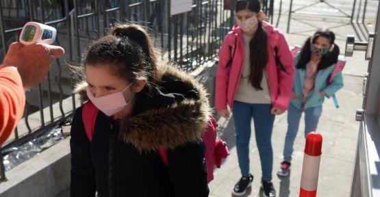 Çocuklarda görülen 'dezenfektan zehirlenmesi' artıyor