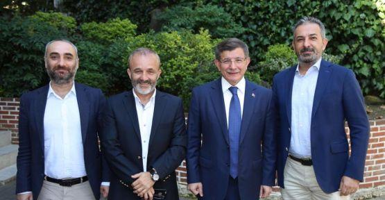 Davutoğlu'ndan 'yeni parti' hakkında açıklama: Eğer başka yol kalmazsa...