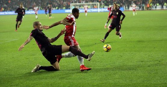 Demir Grup Sivasspor: 2 - Galatasaray: 1