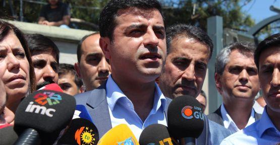 Demirtaş: 'Şu an Türkiye'de talimat bekleyen yüzlerce DAİŞ çetesi var'