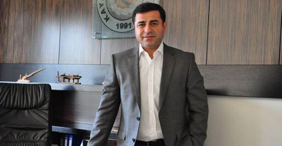 Demirtaş'ın avukatları: Bir saniye daha bekletilemez