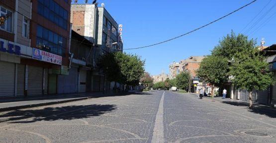 Diyarbakır'da hayat durdu