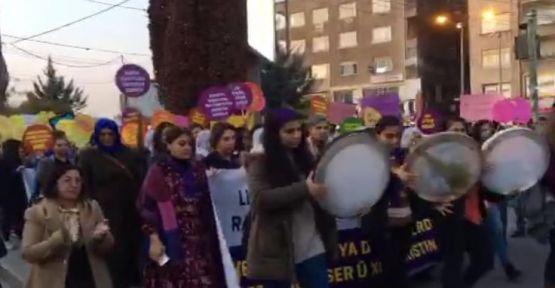 Diyarbakır'da kadınlar 'Eşbaşkanlık mor çizgimizdir' dedi