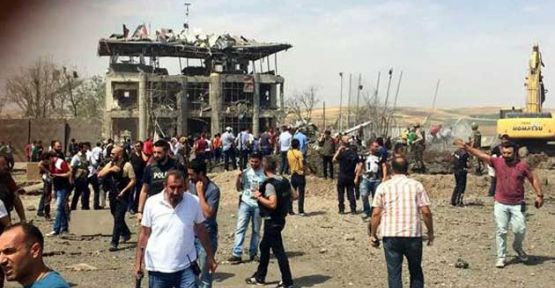 Diyarbakır'da patlama: 2 polis ve 1 çocuk hayatını kaybetti
