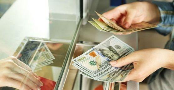 Dolar 5.85'e yükseldi