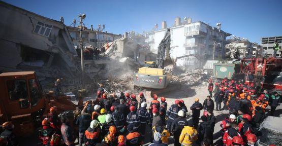 Elazığ'da çöken her bina için 7 farklı soruşturma açıldı