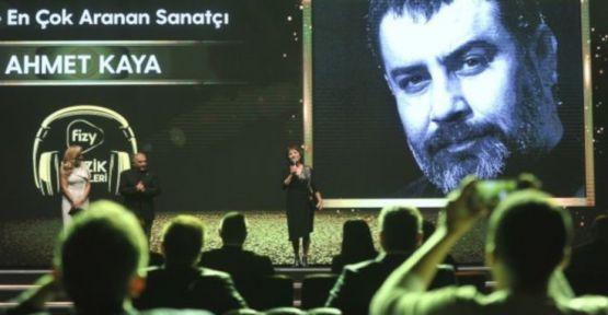 En çok aranan sanatçı Ahmet Kaya