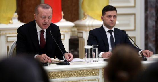 Erdoğan: 1 milyona yakın insan şu anda sınırlarımıza doğru yürüyor