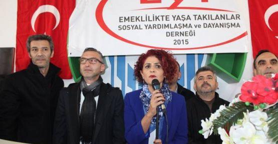 EYT'liler vazgeçmiyor: Erdoğan'la görüşmek istiyoruz