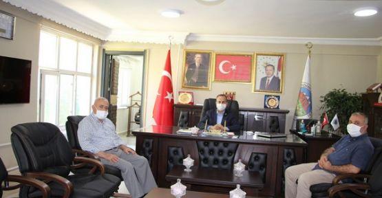 Rektör Pakiş, Başkan Saklı'yı makamında ziyaret etti