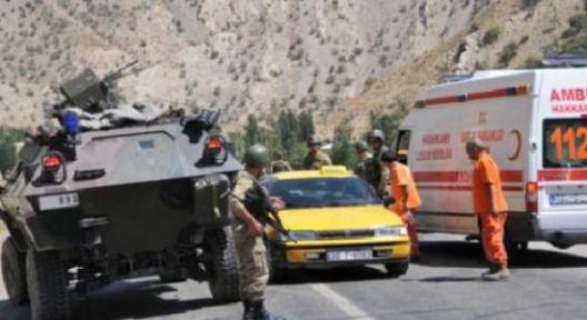Hakkari'de patlama: 4 yaralı