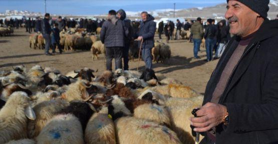Hayvan üreticileri protesto edince Van canlı hayvan pazarı boş kaldı