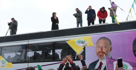HDP Eş Genel Başkanı Pervin Buldan Erzurum Karaçoban'da konuştu