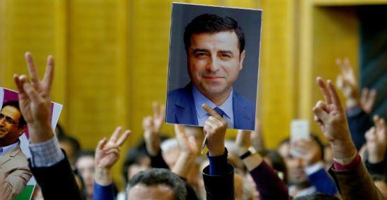 HDP Eşbaşkanları: Zaman kazanılmaya çalışılıyor