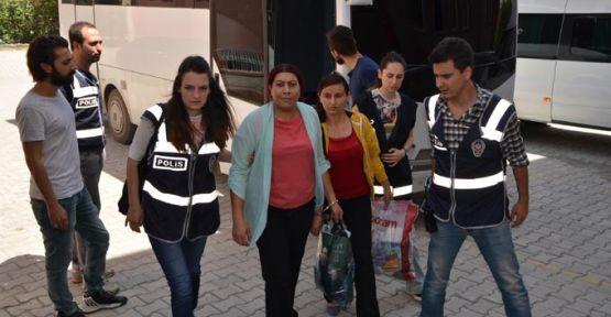 HDP ve DBP'li kadınlar adliyeye sevk edildi